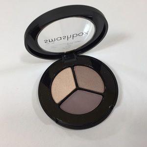 Smashbox Photo Op Eyeshadow Trio Cover Shoot